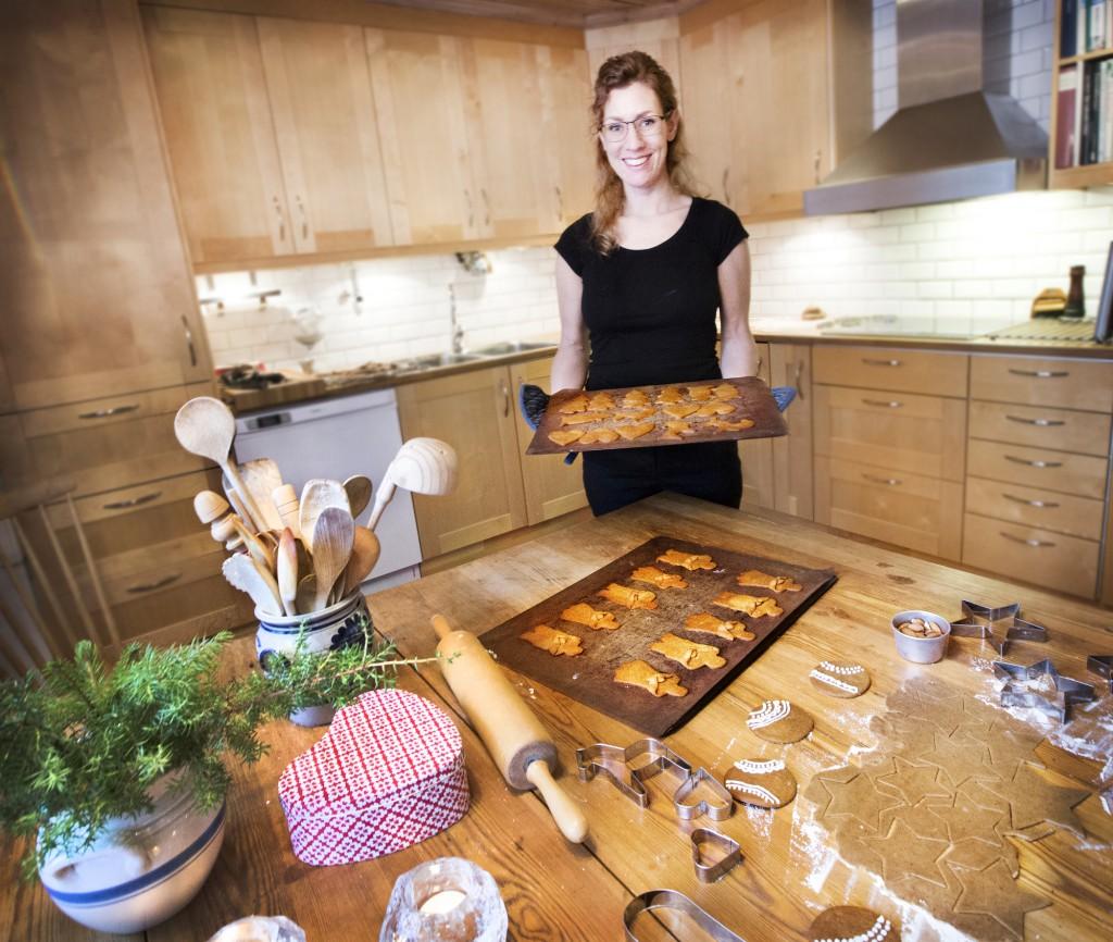 Johanna Lindqvist  baka bakar pepparkakor pepparkaka julbak jul